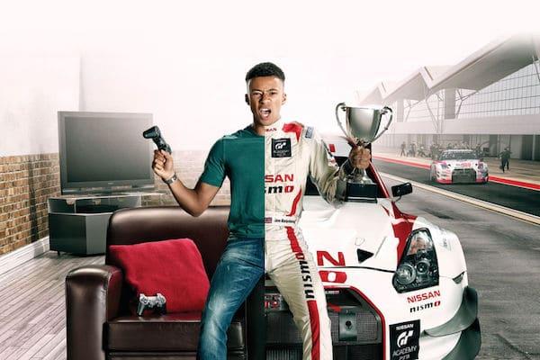 Pilotes de la GT Academy avec le challenge Gran Turismo
