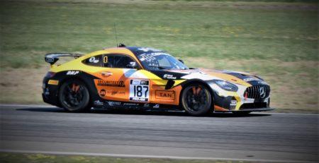 pneus sur circuit