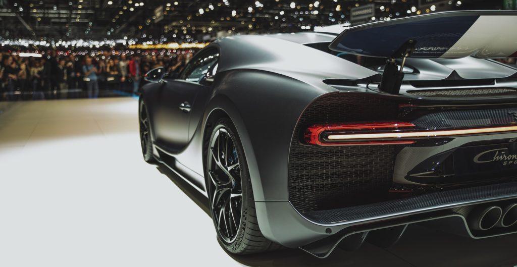 Bugatti chiron noire modèle sport