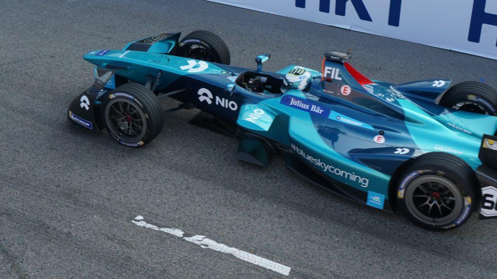 monoplace bleue du championnat de Formule E