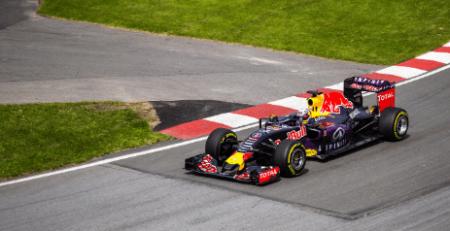 Baptème de pilotage : quel est le prix d'un baptème de Formule 1 ?